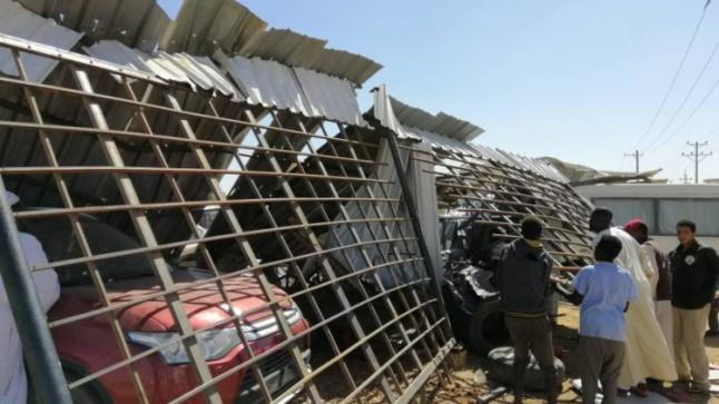 الشرطة توضح ملابسات دهس عدد من أفرادها أثناء إزالة (دلالة سيارات الأزهري) بالخرطوم
