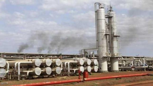 كتيبة تابعة لهيئة العمليات توقف العمل بحقل هجليج النفطي